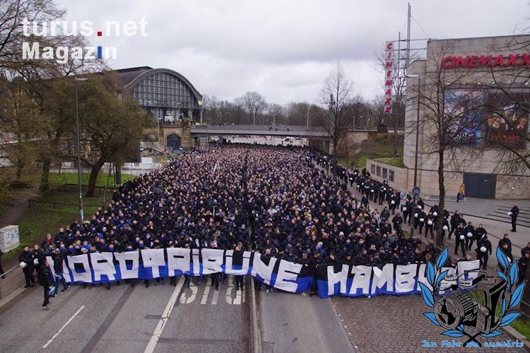 hsv-marsch_zum_hamburger_derby_20190311_1144240260.jpg