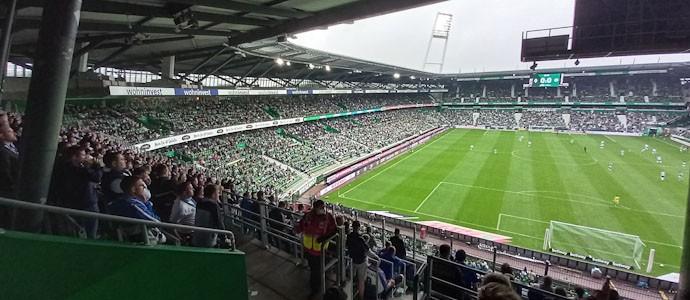 Werder Bremen vs. Hansa Rostock: Totale Gegensätze und völlig abstruse Rahmenbedingungen