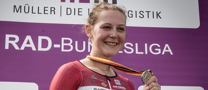 Silber für Paula Leonhardt bei DM im Einzelzeitfahren