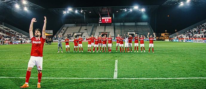 Glanzvoller Pflichtsieg: Rot-Weiss Essen jagt Homberg vor 9.000 Fans durchs Stadion