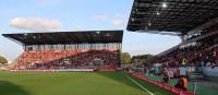 """""""Welcome back Hafenstraßen-Party"""" gecrasht: RWE verliert vor Fans gegen Straelen"""