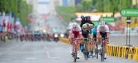 Christopher Froome holt sich seinen vierten Toursieg, Deutsche Teams und Fahrer prägen das Renngeschehen mit