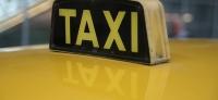 Entspannt durch die City: Vorteile einer Taxifahrt