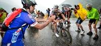 Schlussanstieg bringt Entscheidung: Tom Dumoulin im Hagelschauer zum Etappensieg