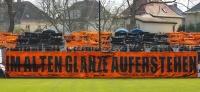 """Chemie Leipzig vs. Wismut Gera: Gänsehaut-Atmosphäre, brennendes Klopapier und """"Frauenschläger"""""""