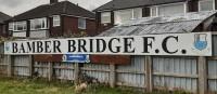 Bamber Bridge FC vs. Grantham Town FC: Die Sache mit der wild pöbelnden Oma
