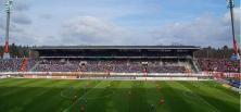 Karlsruhe gegen Düsseldorf: Kampfgeist und leuchtender Support