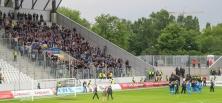Wuppertaler Fans und Spieler feiern Sieg in Essen