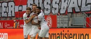 Rot-Weiss Essen holt sich Spitzenplatz nach Derbysieg gegen RWO