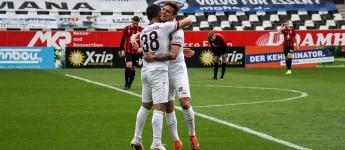 Rot-Weiss Essen vs. Lippstadt: RWE holt 5 Tore und 3 Punkte auf Platz 1 auf
