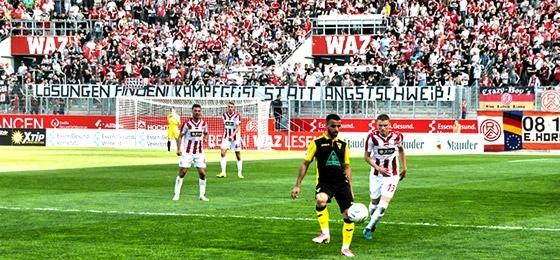 Rot Weiss Essen gegen Alemannia Aachen