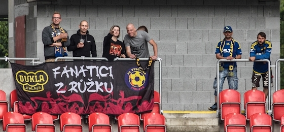 Slavie ole oleoleole! Slavia Praha siegt im Schongang gegen Vysočina Jihlava