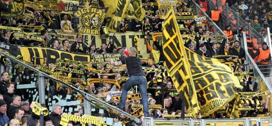 Dynamo Dresden vs. Borussia Dortmund: Tolle Atmosphäre ...