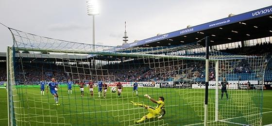 VfL Bochum gegen 1. FC Nürnberg: Torfestival beim Bratwurstduell