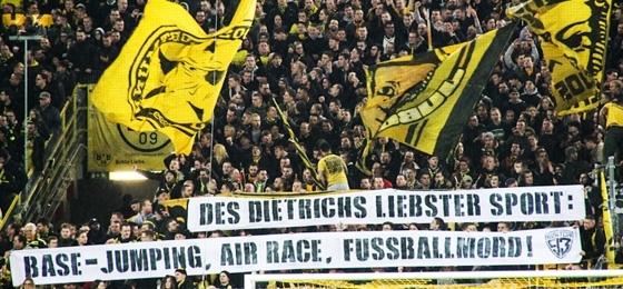 Borussia Dortmund vs. RB Leipzig: Spießrutenlauf vor der Roten Erde und Spruchbandmeer auf der Süd