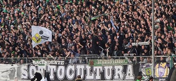 Ultras in Mönchengladbach: Ein grandioser Einblick in Form eines Bildbandes