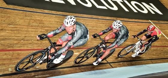 Revolution Cycling Series: Marcel Kalz und Bobby Lea schlagen sich in Manchester wacker