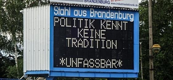 Trauer und Wut! Stadt Brandenburg verschrottet die Leuchttürme der Stahl-Historie