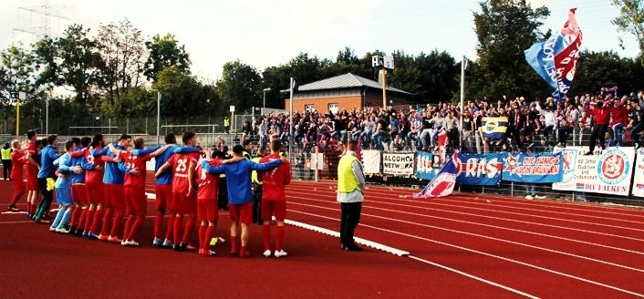 Wattenscheid 09 gegen den Wuppertaler SV: Goldener Herbst für Rot-Blau