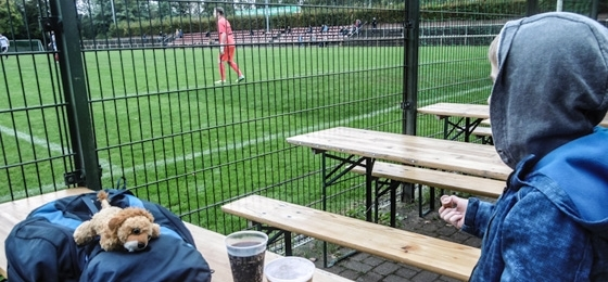 Tasmania Berlin vs. Eintracht Mahlsdorf: 3 Tore in 3 Minuten - gute Laune im herbstlichen Neukölln