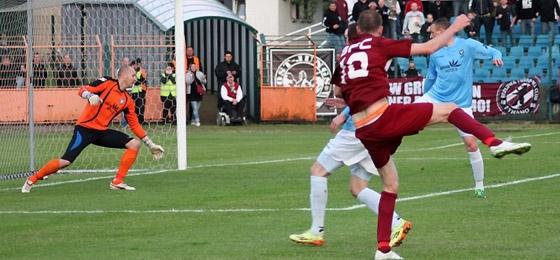 BFC Dynamo vs. Viktoria 1889: Marcus Rickert triumphiert im Elfmeterschießen