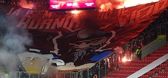 King Baník nur auf den Rängen majestätisch - Souček lässt Slavia Praha jubeln