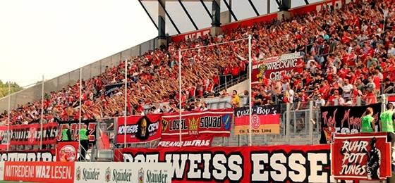 Borussia Mönchengladbach gewinnt in Essen ohne Fans und unverdient