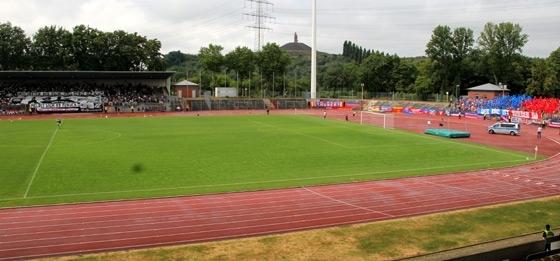 Choreos beim Spiel Wattenscheid gegen KFC Uerdingen