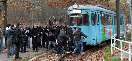 Germania Schöneiche vs. SV Babelsberg 03: Rolands DDR-Tram sorgte für Freude