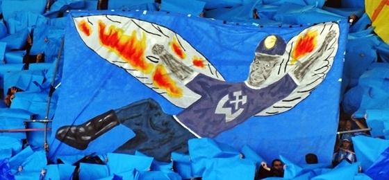 Chemnitzer FC vs. FC Erzgebirge Aue: Ikarus-Choreographie und Auseinandersetzungen